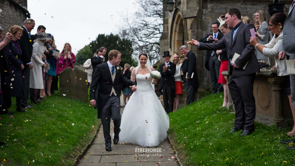 Jervaulx-Abbey-Marquee-Wedding-Photography-091