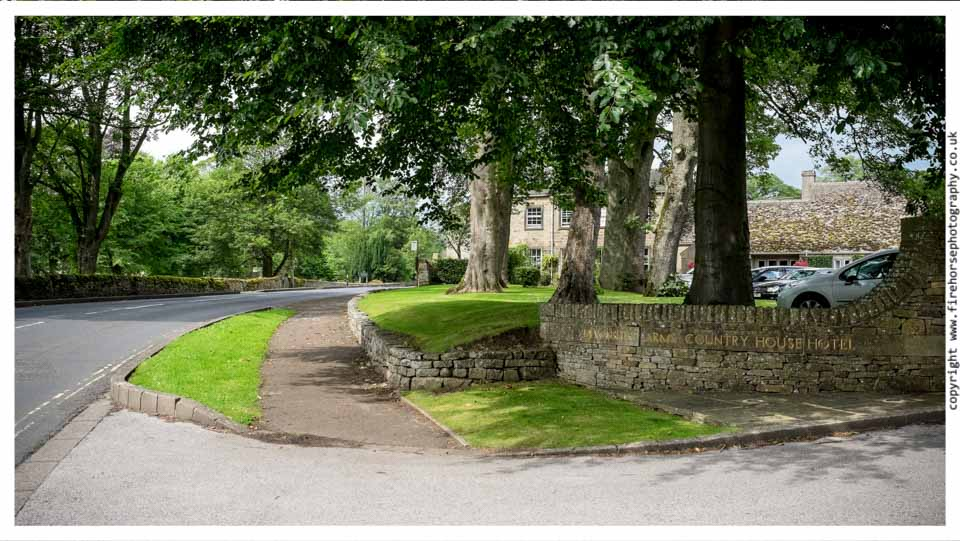 Devonshire-Arms-Wedding-Photography-001