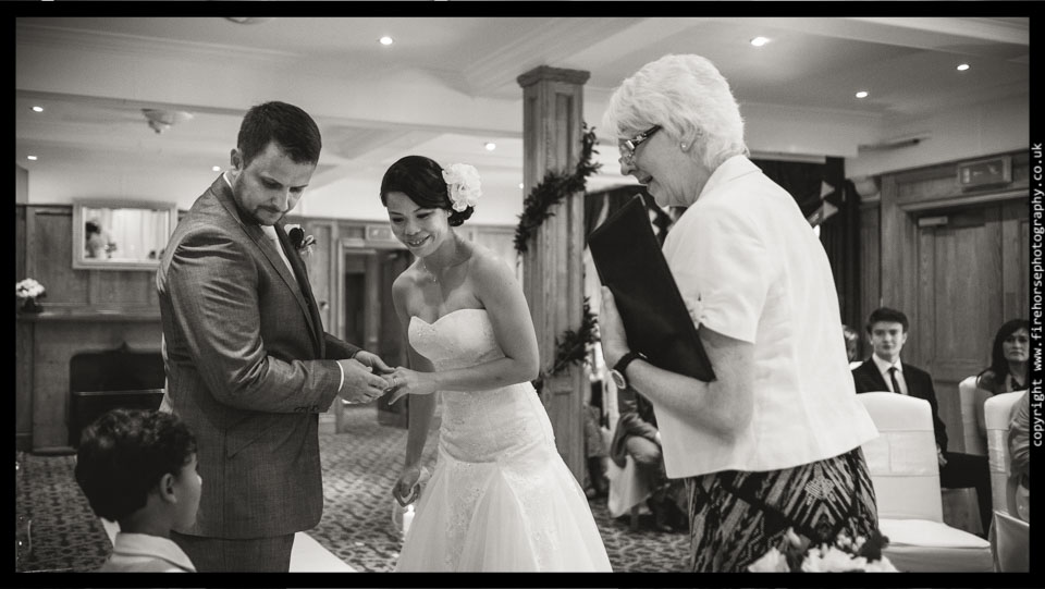 Devonshire-Arms-Wedding-Photography-065