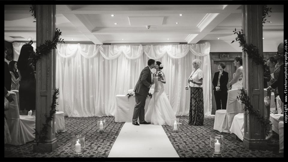 Devonshire-Arms-Wedding-Photography-074