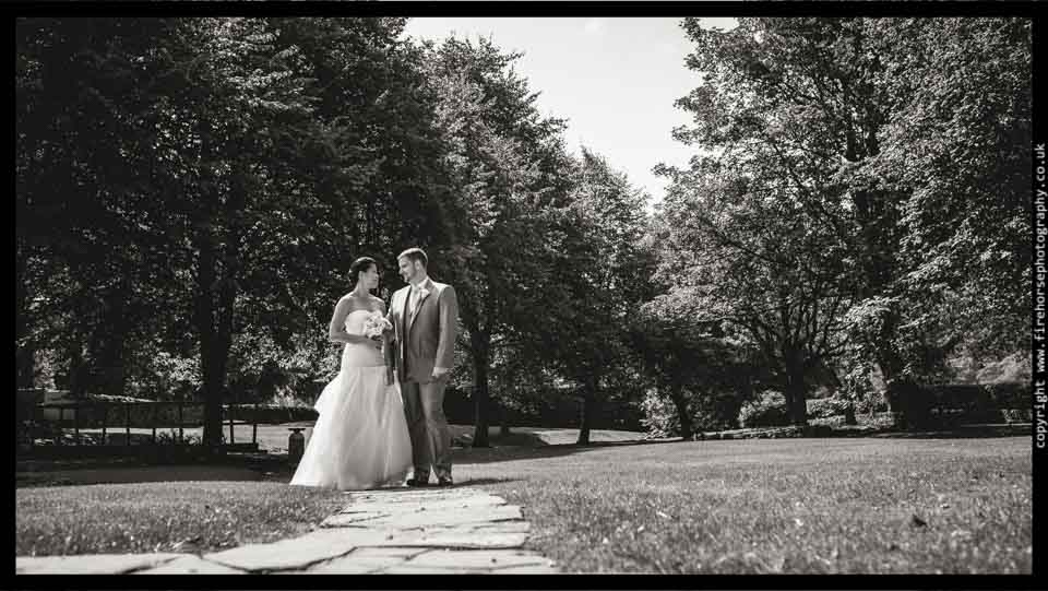 Devonshire-Arms-Wedding-Photography-085
