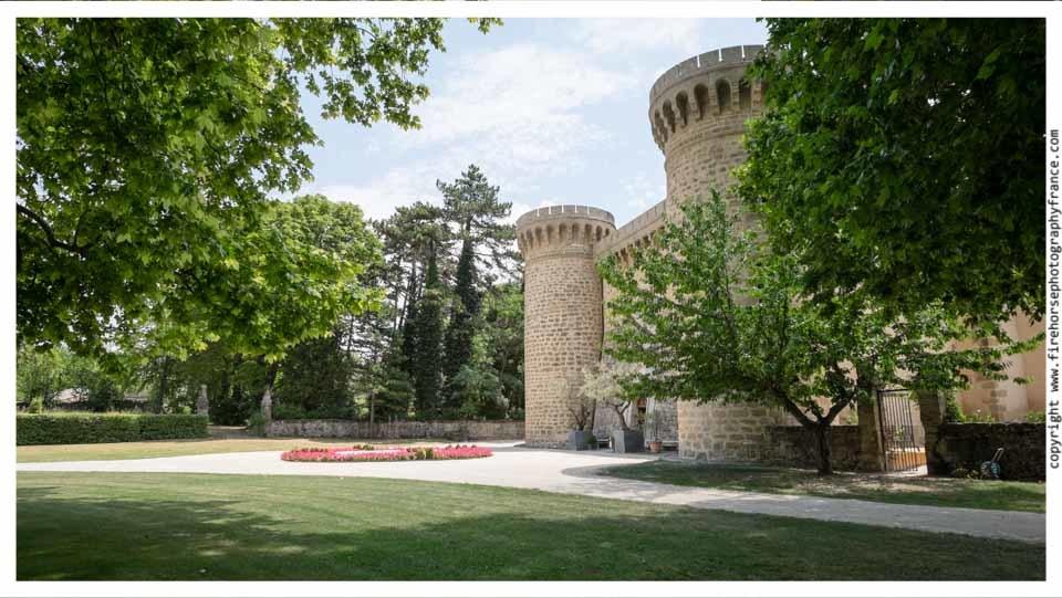 Chateau-de-Massillan-wedding-photography-007
