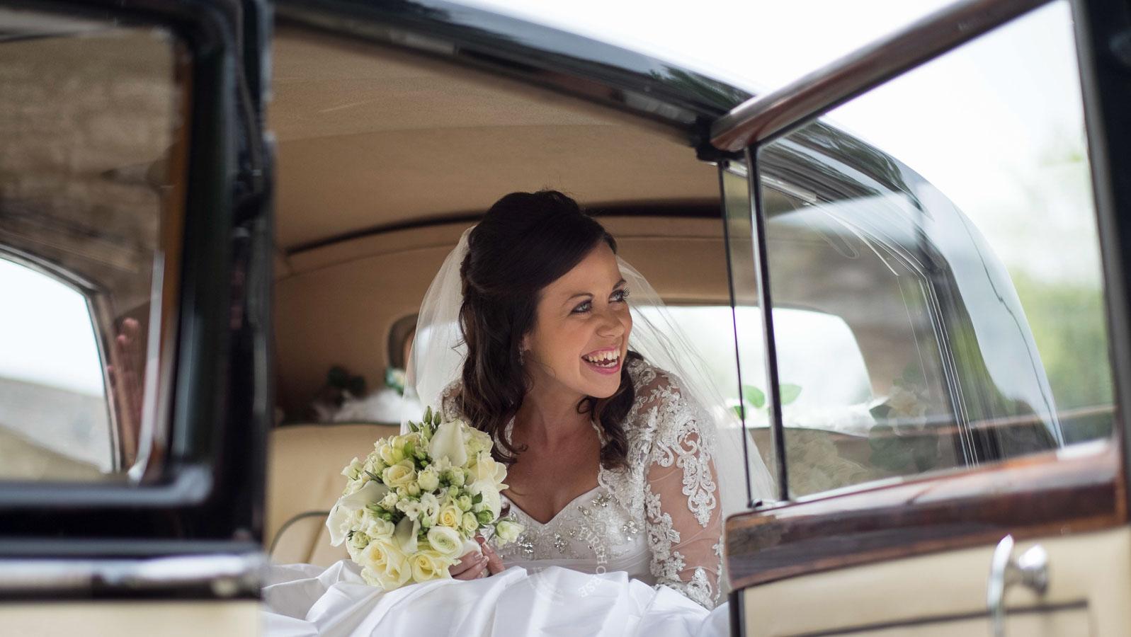 Middleton-Lodge-Wedding-Photography-019
