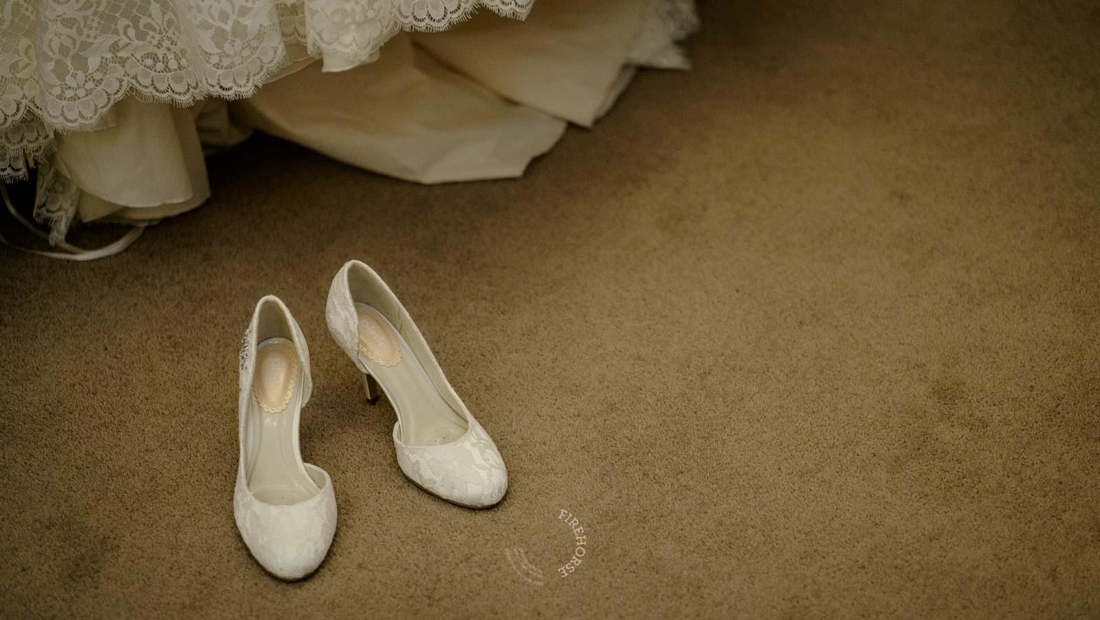 Middleton-Lodge-Spring-Wedding-007
