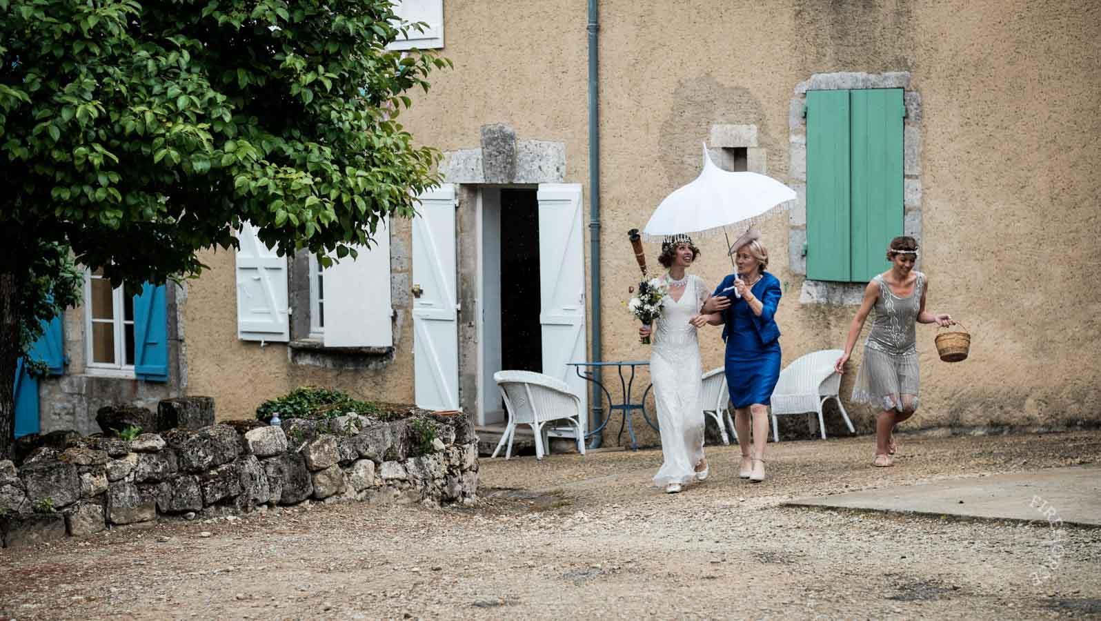 castelnau-des-fieumarcon-wedding-15