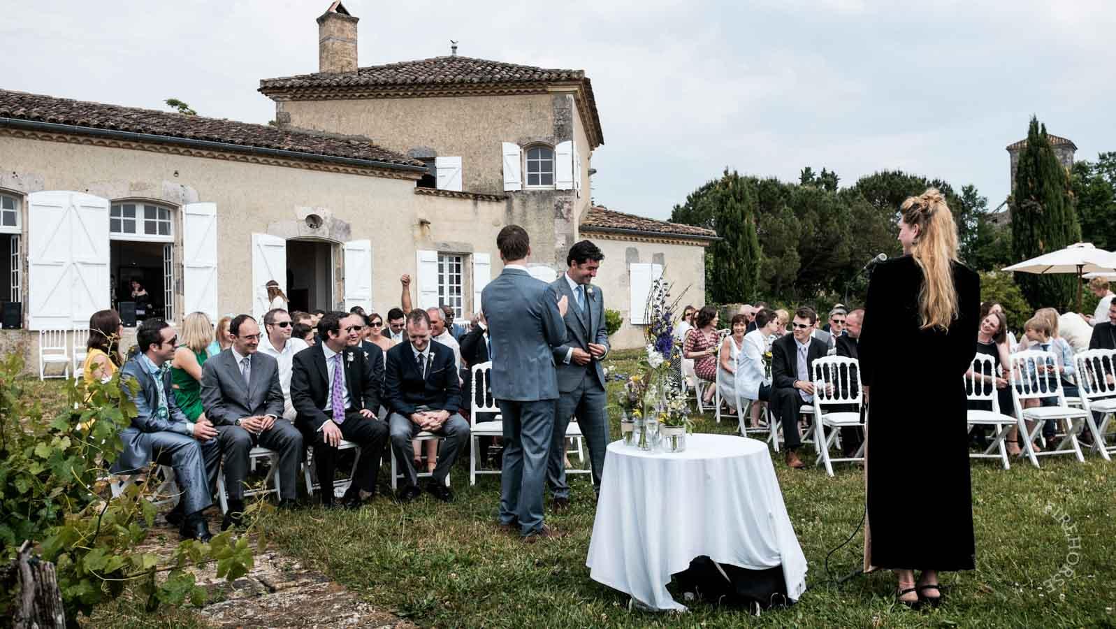 castelnau-des-fieumarcon-wedding-16