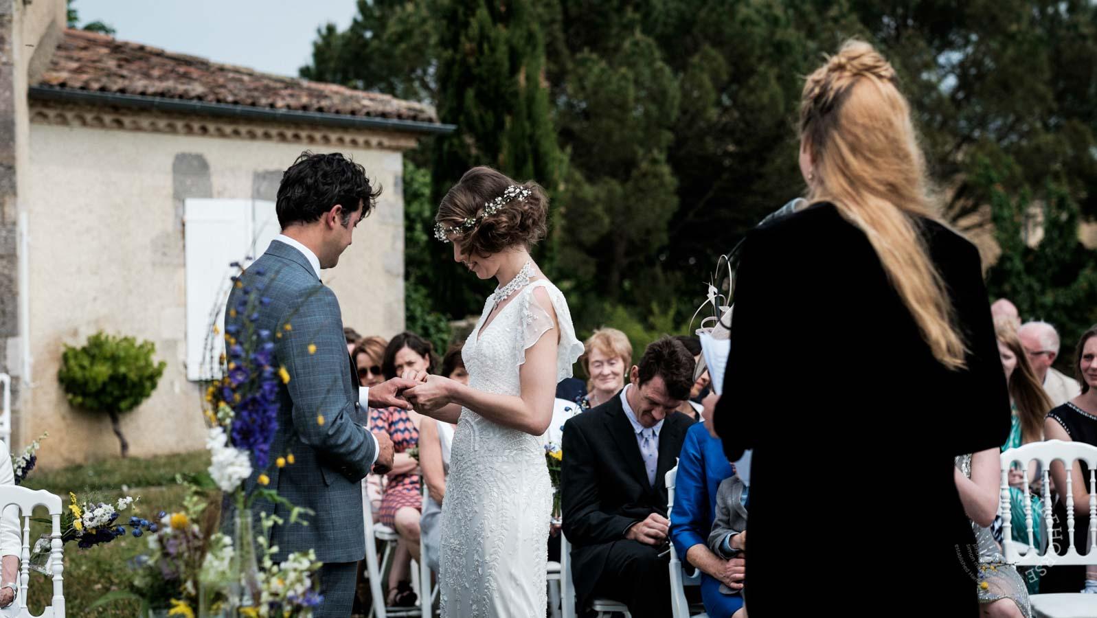 castelnau-des-fieumarcon-wedding-18