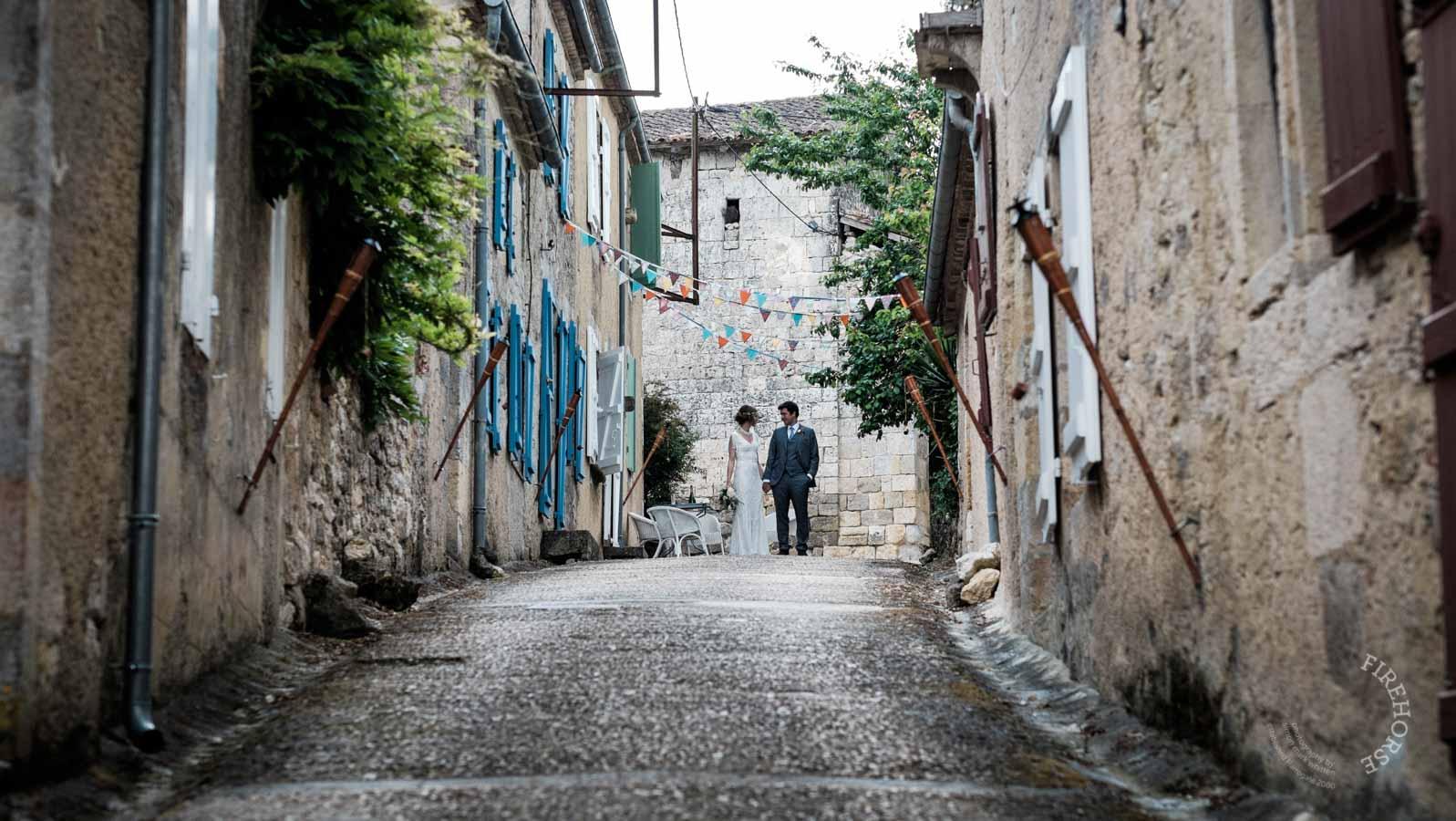 castelnau-des-fieumarcon-wedding-32