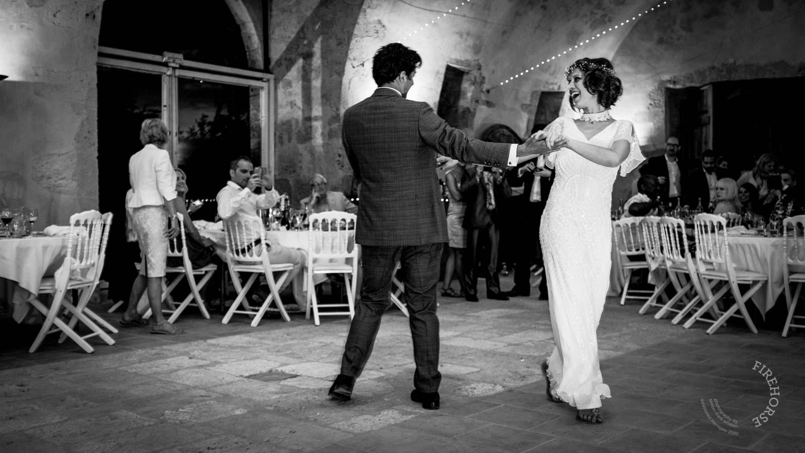castelnau-des-fieumarcon-wedding-49