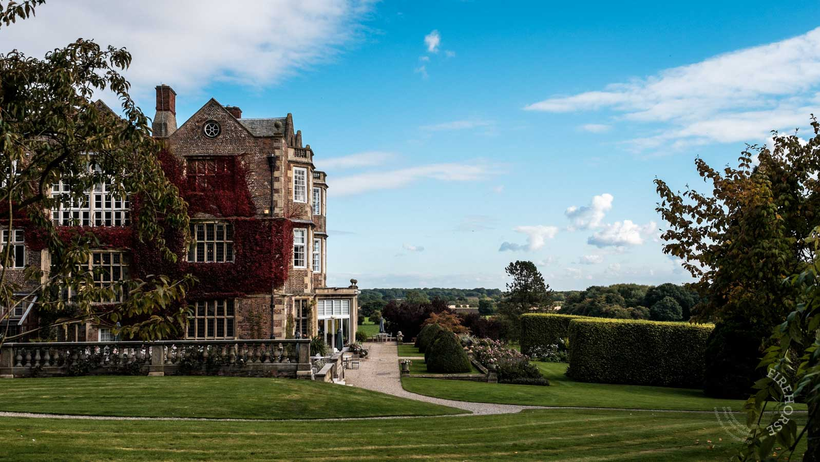 Goldsborough-Hall-003