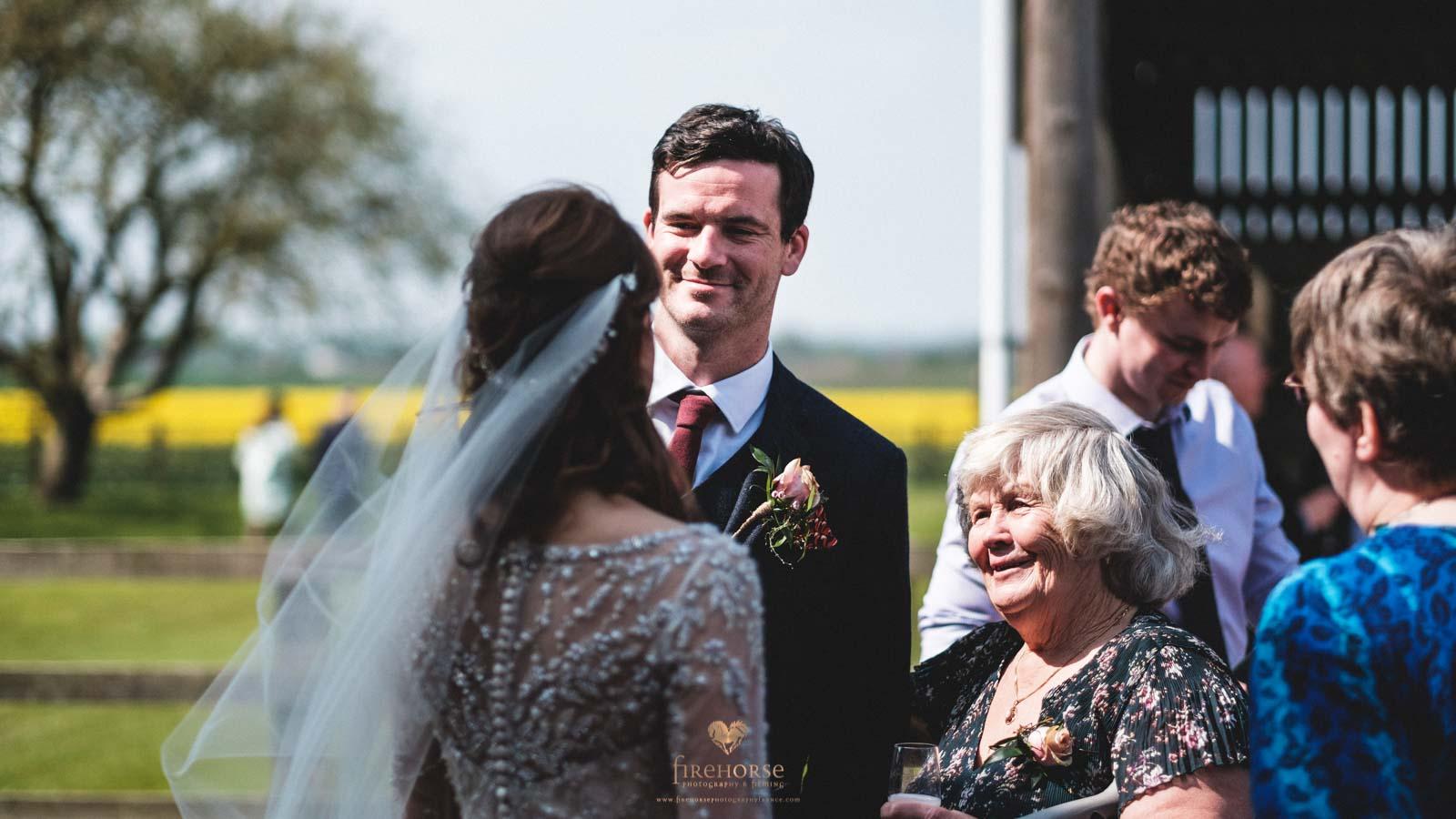 Barn-Wedding--13
