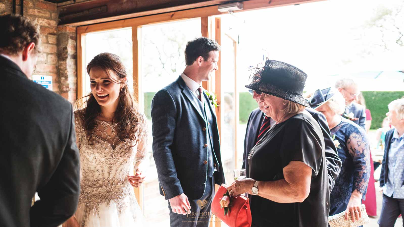 Barn-Wedding--24