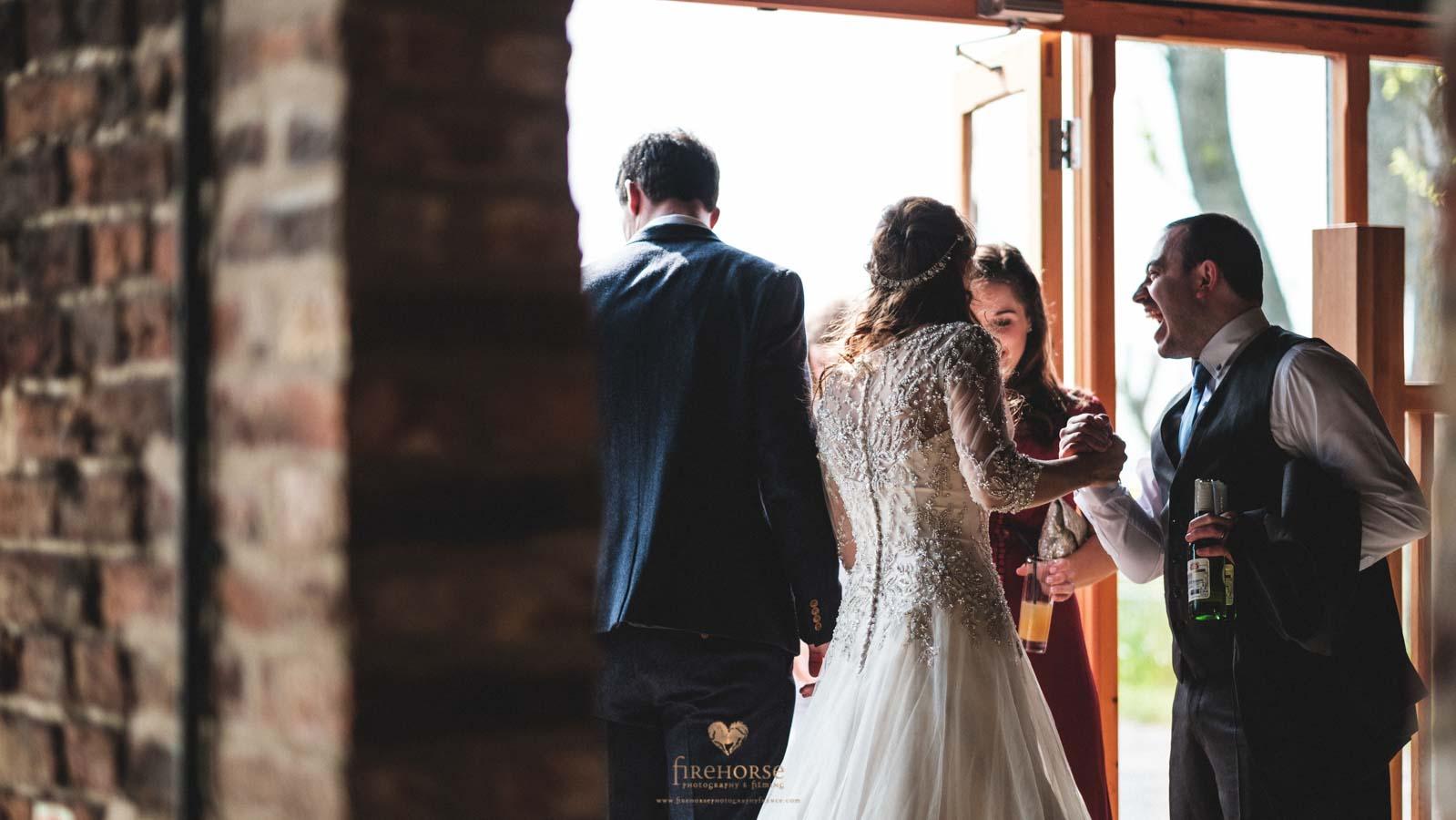 Barn-Wedding--30